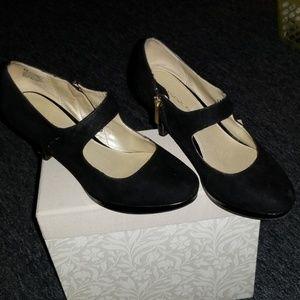 Bandolino Black Mary Jane heels
